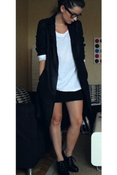 benetton blazer - JC t-shirt - H&M skirt - Din Sko shoes