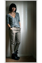 gray H&M top - black vagabond shoes - beige Cheap Monday pants