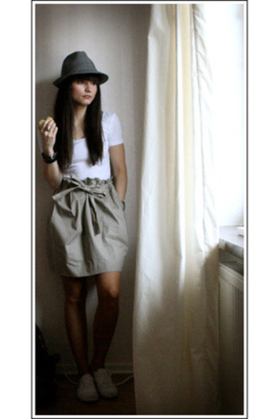 hlns hat - H&M top - COS skirt - Office shoes