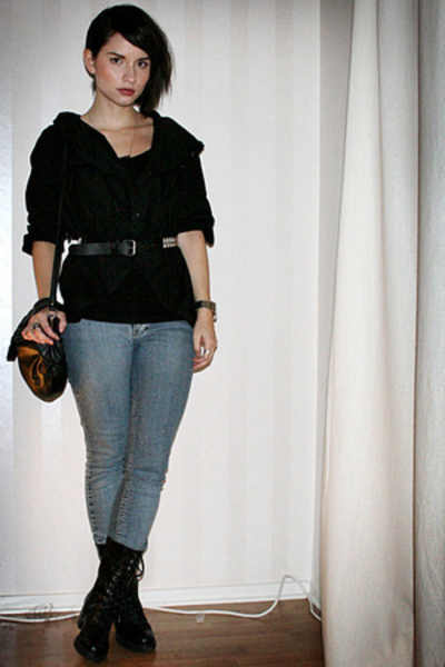 black 2707 shirt - black vagabond shoes - blue Crocker jeans - black vintage bag