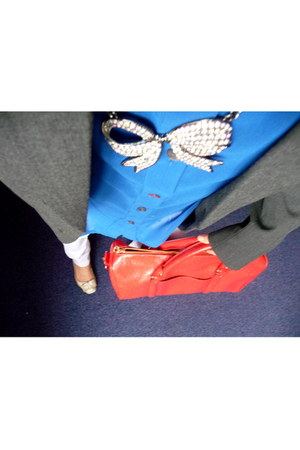Mango necklace - silver leather Jessica Simpson shoes - lilac jeans Gas jeans
