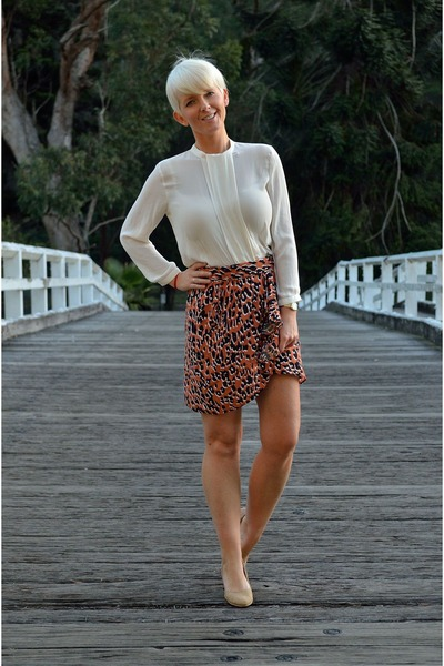 salmon Zara skirt