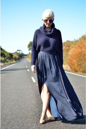 Navy Silk Maxi Skirt - How to Wear and Where to Buy | Chictopia