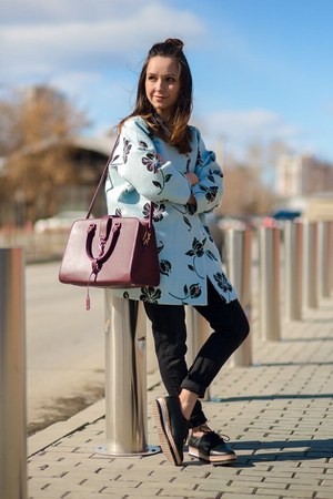 black Aldo shoes - blue Zara coat - black Zara jeans - crimson bag