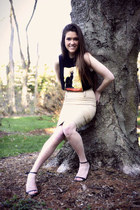 black vintage t-shirt - off white Anne Taylor skirt - black Zara heels