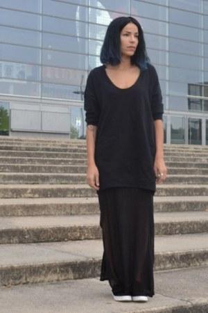 black faux fur shoes - black oversize Zara sweater
