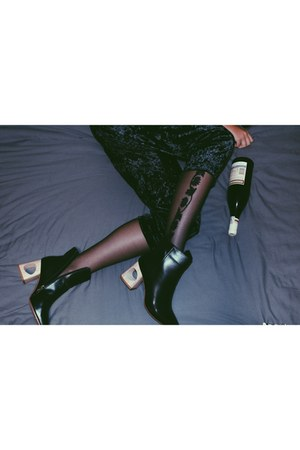black Adrian tights - navy Zara pants