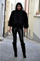 faux fur Mango coat - leather-like Vero Moda pants - boots Zara wedges