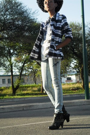 studded rage boots - denim Billabong jeans - tartan Soviet blazer