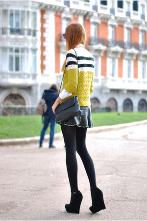olive green Mango jumper - white Zara shirt - black Zara bag