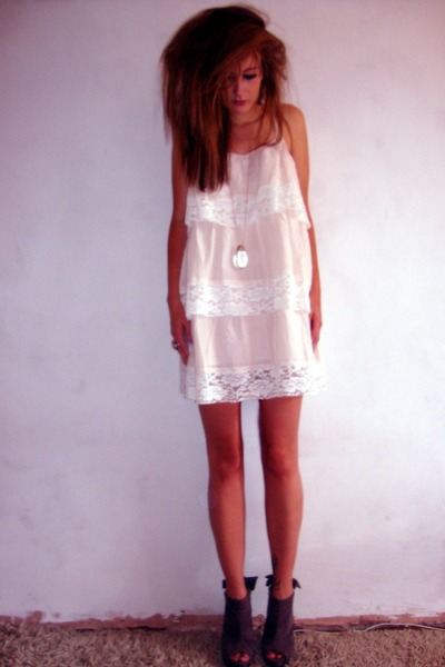 peach layerd lace H&M dress - teal silk vintage jacket