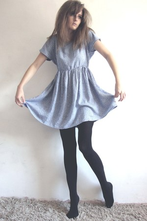 hnm dress - black Primark tights - key shaped ring Topshop ring