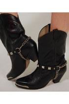 Studded-lotus-vintage-boots