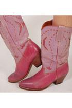 Cowboy-lotus-vintage-boots