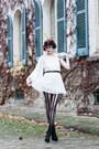 Black-ankle-boots-kg-boots-white-lace-topshop-dress