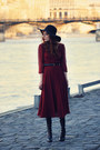Black-high-helled-alaia-boots-ruby-red-ventilo-dress-black-floppy-aa-hat
