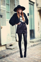 black booties KG boots - black Zara hat - black fuzzy Topshop cape