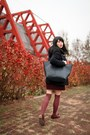 Crimson-shoes-navy-uniqlo-coat-navy-zara-bag
