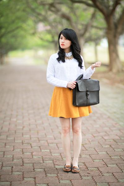 dark brown leather Zara bag - white chiffon nice claup blouse