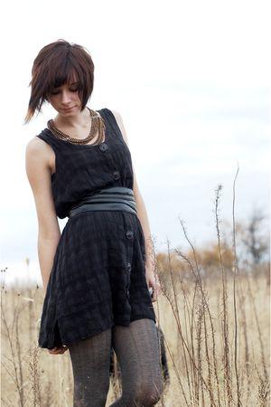 black vintage dress - silver simply vera tights - black leather belt