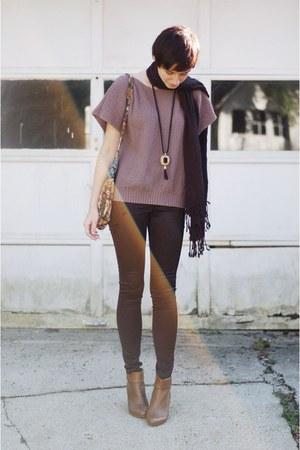 pants - sweater - heels