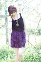 black ann taylor top - purple vintage skirt - gold vintage necklace