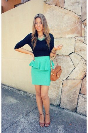 Forcast skirt - suede French Connection bag - mint  gold Forcast necklace