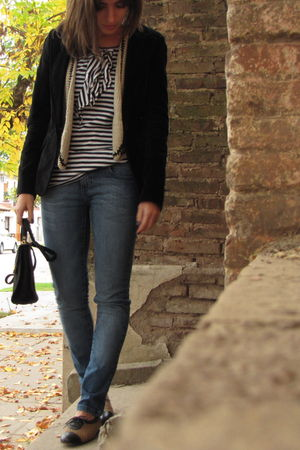 black rapsodia blazer - beige Lupe vest - blue Paula Cahen DAnvers jeans - black