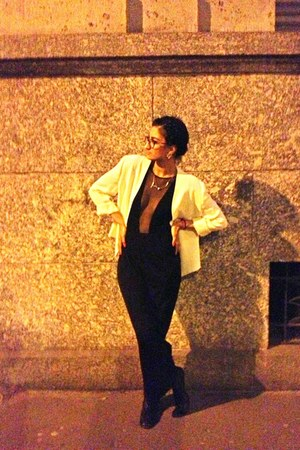 white thrifted blazer - black bodysuit - black thrifted skirt