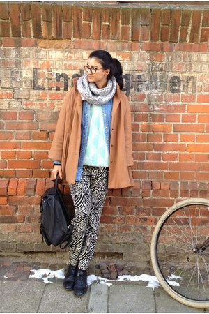 camel cape coat - light blue vintage sweater - silver hm scarf