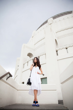 white flowy Rebecca Minkoff dress - black bucket Rebecca Minkoff bag