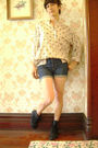 Vintage-blouse-vintage-jeans-vintage-boots