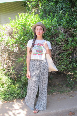 charcoal gray vintage hat - white thrifted vintage pants - white rat fink tee vi