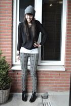 aztec print River Island jeans - chelsea River Island boots - black H&M jumper