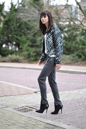 printed  bomber Ready to Fish jacket - Zara shirt - Nowhere pants - Zara heels