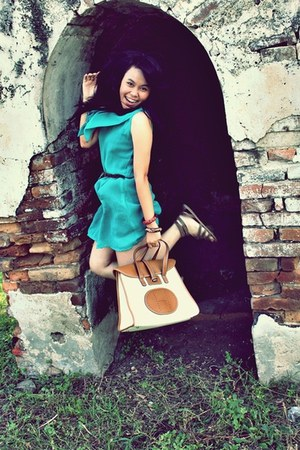 turquoise blue dress - tawny Hermes bag - burnt orange flats - burnt orange belt