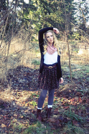 dark brown thrifted vintage boots - pink circle Forever 21 scarf - navy floral F