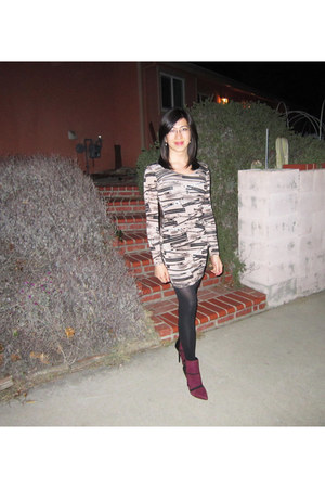 Steve Madden boots - H&M dress - solid Spanx tights
