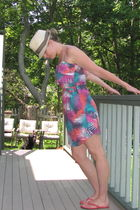 purple Roxy dress - red H&M shoes - beige banana republic hat