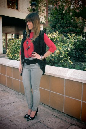 Hemiu pants - Mango bag - La Strada heels - Zara t-shirt - Hemiu vest