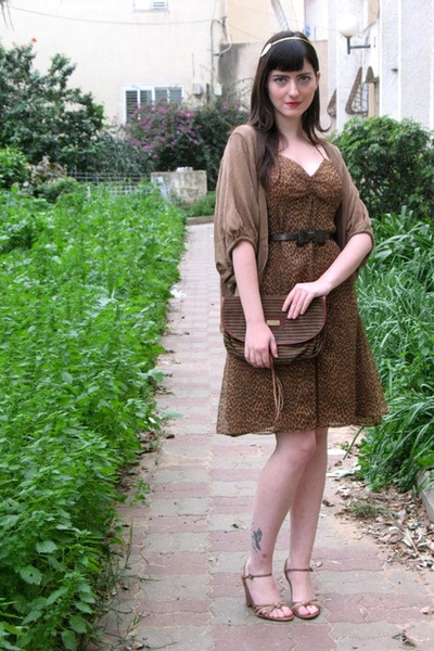 brown vintage dress - brown thrifted purse - beige Ebay cardigan - beige dune sh