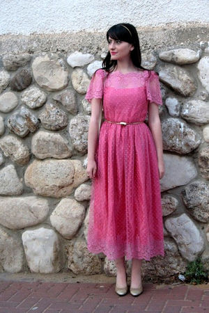 pink vintage dress - gold ferragamo shoes