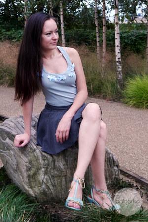 light pink Valentino purse - light blue bow detail Miss Sixty sandals