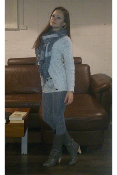 scarf - silver One boots - heather gray leggings - white All Saints shorts