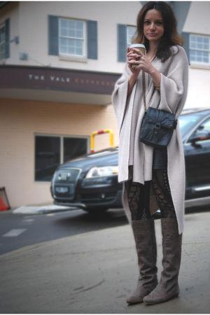 beige Witchery Cape coat - black Kookai leggings