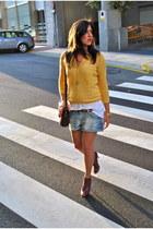 maroon boots maroon boots - yellow jacket yellow jacket