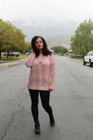 Forever 21 sweater - Target boots - Forever 21 leggings