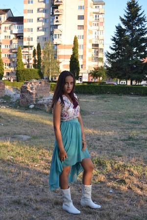 turquoise blue Topshop skirt - cream boots - neutral Bershka blouse