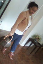 blazer - jeans - boots - t-shirt - necklace - purse