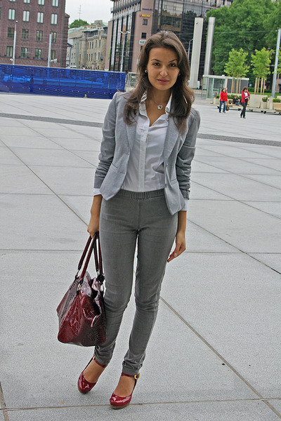 gray H&M blazer - gray jeans - white H&M shirt - red shoes - red Global accessor